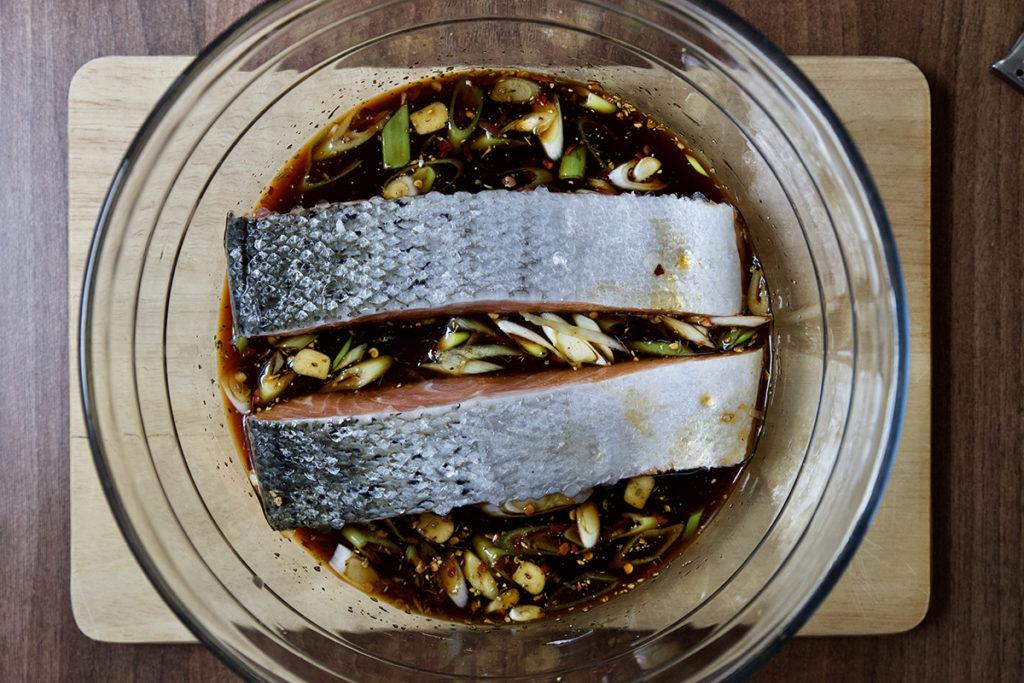 Baked salmon with teriyaki sauce